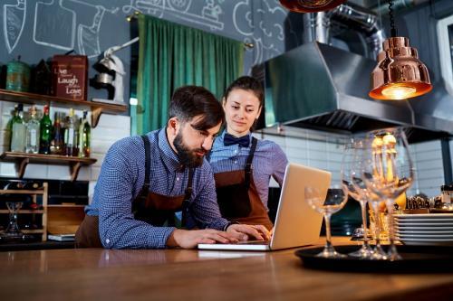 Éttermi szoftver: Könnyítse meg saját éttermének vezetését!