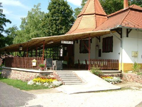 Balatontourist Park Kemping és Üdülőfalu